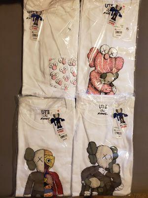 KAWS UNIQLO SHIRTS XL for Sale in La Crescenta-Montrose, CA