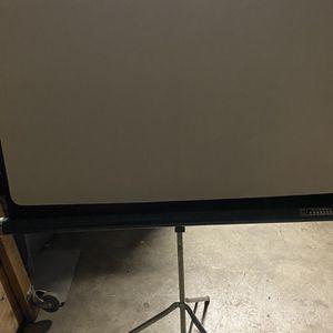Aurora Conqueror White Pull Down Projector Screen for Sale in El Monte, CA