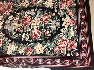 9' x 12' Black, hooked, wool rug in excellent condition. Smoke-free home for Sale in Marietta, GA