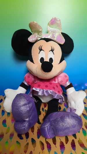 Disney Minnie Mouse Light Up Bow Talking 15 Inch Plush Toy for Sale in Santa Ana, CA