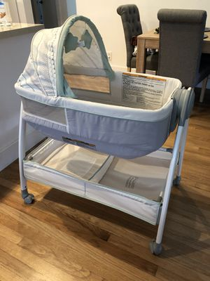 Graco Baby Bassinet/Changing Table for Sale in IND CRK VLG, FL