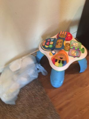 Pampers and table for Sale in Austin, TX