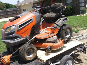 Huskabarna riding lawn mower trailor and weed eater and blower for Sale in Shady Shores, TX