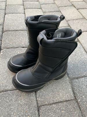 Kids snow boots size 3 for Sale in Lake Worth, FL
