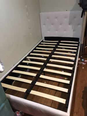 White twin bed frame for Sale in Salinas, CA