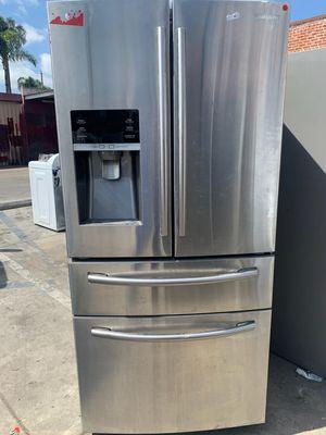 Samsung Four Door Refrigerator for Sale in Burbank, CA