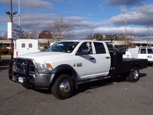 2014 dodge ram 5500 10 ft flat bed diésel 4X4 for Sale in Manassas, VA