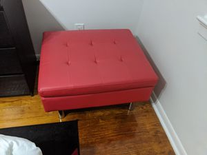 Modern ottoman for Sale in Staten Island, NY