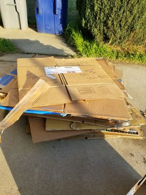 Free boxes for Sale in Clovis, CA