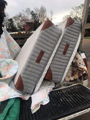 Wright Hybrid Split King Mattress for Sale in New Orleans, LA