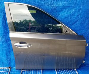2014-2019 INFINITI Q50 FRONT RIGHT PASSENGER SIDE DOOR GRAY for Sale in Fort Lauderdale, FL