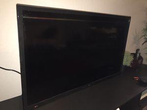 Bolva TV 40 inch (with control remote) for Sale in Orlando, FL