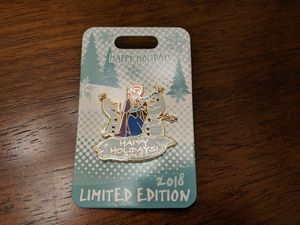 Disney limited edition 3500 pin happy holidays 2018 with Anna and Olaf for Sale in Glendale, AZ