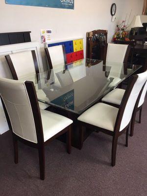 7 piece glass top dining set for Sale in Lexington, SC