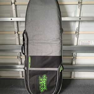 New Sticky Bumps DayRunner Thruster Surfboard Bag & Leash for Sale in West Palm Beach, FL