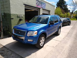 2010 FORD EXPLORER XLT for Sale in Pittsburgh, PA