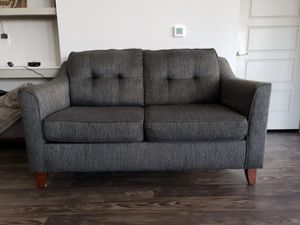 Loveseat sofa for Sale in Irving, TX