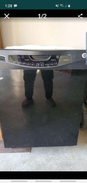 Dishwasher for Sale in Merced, CA