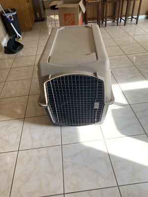 Large breed dog crate for Sale in Palmdale, CA