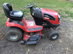 Lawn tractor for Sale in Mundelein, IL