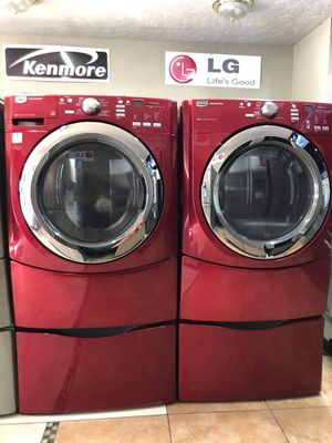 MAYTAG FRONT LOAD WASHER AND DRYER SET for Sale in Corona, CA