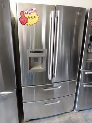 LG 4 Doors Refrigerator 36 inch for Sale in Glendale, CA