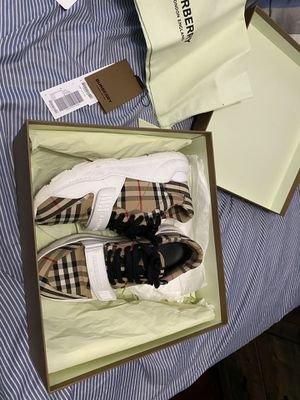 Burberry sneakers worn twice ! for Sale in Eastvale, CA
