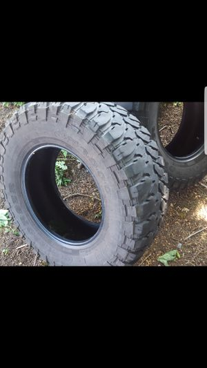 Pair of 33x12 .50R17 for Sale in Tacoma, WA