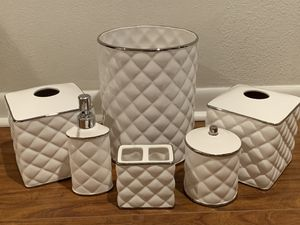 Bathroom Accessories for Sale in Los Angeles, CA
