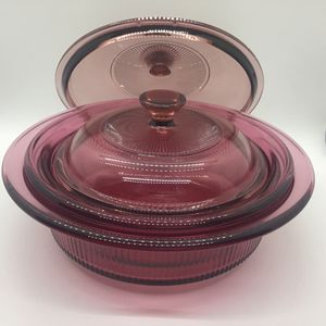 2-Pyrex Cranberry Vision Covered Casserole Dishes 24 Oz & 1.5 Qt for Sale in Fresno, CA