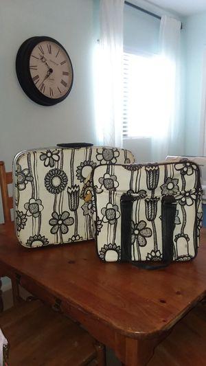 Vintage B&W floral suitcase and travel bag set for Sale in Glendale, AZ