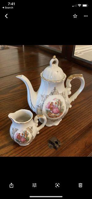 Vintage tea set for Sale in Clovis, CA