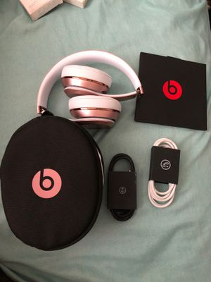 Beats solo 3 wireless for Sale in Ontario, CA