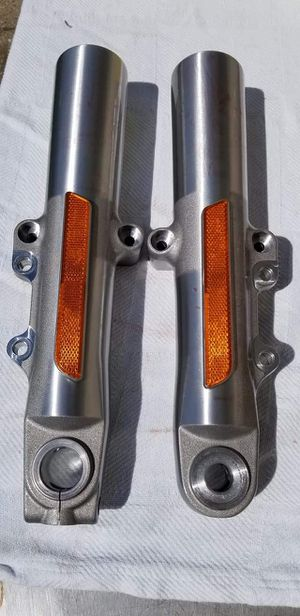 2018 HARLEY DAVIDSON LOWER FORK LEGS SLIDERS New Take Off for Sale in Toledo, OH
