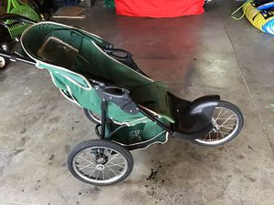 Jogging stroller for Sale in Hoquiam, WA