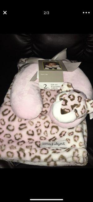 BRAND NEW infant neck pillow & blanket for Sale in Gresham, OR