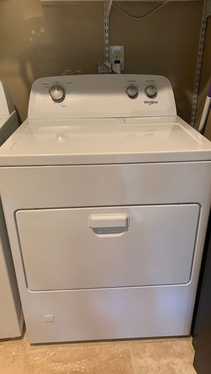 Whirlpool washer and dryer for Sale in Auburn, WA