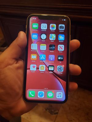 iPhone XR (64gb unlocked) for Sale in South Gate, CA