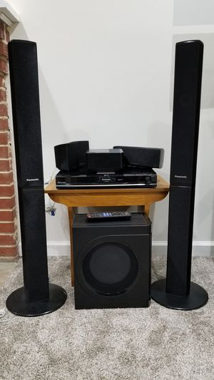 Panasonic SC-PT770 5-disc DVD home theater system with wireless rear speakers and iPod® dock for Sale in UNIVERSITY PA, MD