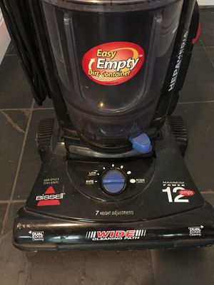 Bissell Cleanview II Bagless Vacuum for Sale in Orlando, FL