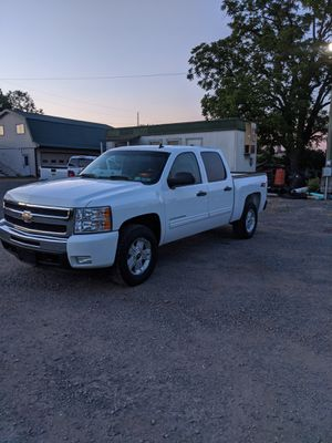 2011 Chevy Silverado LT Crew Cab Z-71 for Sale in RUSCMBMNR Township, PA