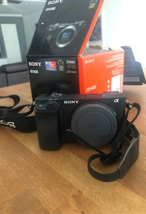 Sony A6400 E mount camera for Sale in Miami, FL
