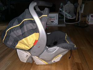 Baby trend infant car seat for Sale in Pleasant Garden, NC
