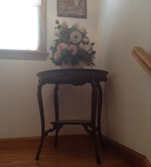 Antique Mahogany Elegant Table for Sale in Woburn, MA