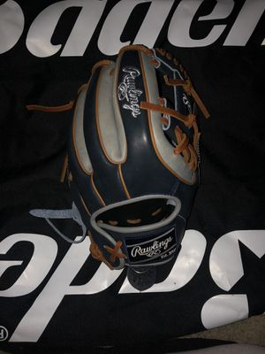 Baseball Glove for Sale in Placentia, CA