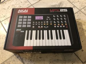 Akai MPK25 USB Midi Keyboard Controller for Sale in Phoenix, AZ