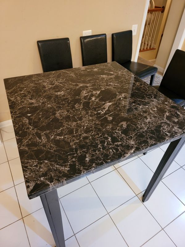 Kitchen table plus 4 chairs like New $175