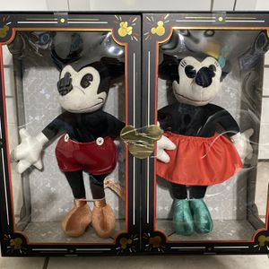 Mickey & Minnie Plush NEW in Box. for Sale in Edgewood, FL