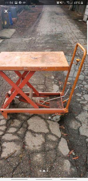 Portable Scissor Lift Table for Sale in Martinez, CA