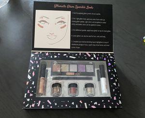 Glitter eye makeup New for Sale in Phoenix, AZ
